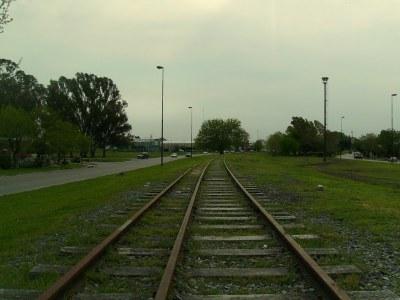 Foto 8: bitrocha compartida entre los ferrocarriles Belgrano y Roca, en La Plata.